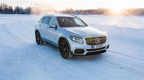 Mercedes Eqc 2019 by 2019 Mercedes Eqc Electric Suv Prototype Completes