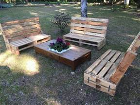Wood Pallet Patio Furniture Outdoor Wooden Pallet Furniture Pallet Ideas Recycled Upcycled Pallets Furniture Projects