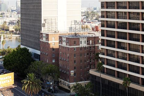 Apartments In Los Angeles Wilshire Park Wilshire Apartments Rentals Los Angeles Ca