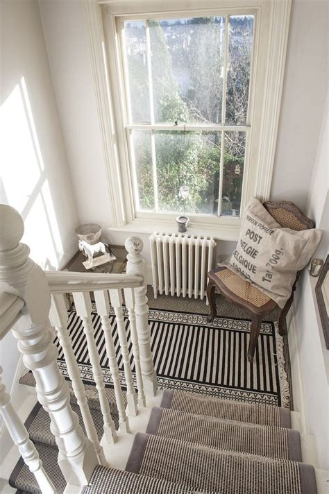Decor For Stair Landing by 25 Best Ideas About Stair Landing On Stair
