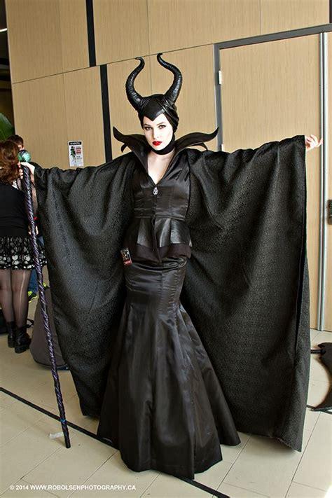 cosplay maleficent cerca  google maleficent