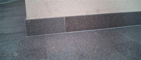 fensterbank kunststein oder naturstein sockelleisten sockelleisten aus naturstein und kunststein
