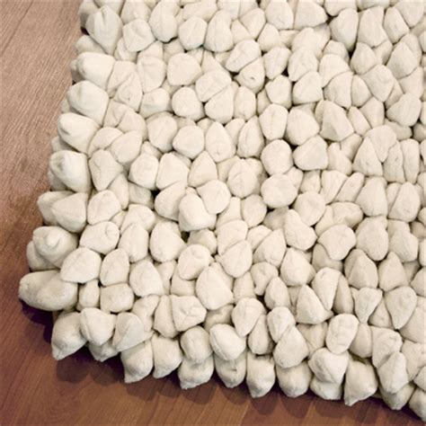 pebble rug dreamweaver pebble and spiky rugs contemporary heaven uk