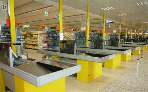 offerte scaffali metallici tecnostrutture arredamento negozi prezzi scaffali
