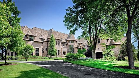 country estates 15 9 million lavish country estate barrington illinois extravaganzi