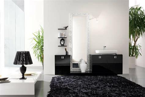 Runder Schwarzer Teppich by Modernes Badezimmer Bietet Mehr Komfort An