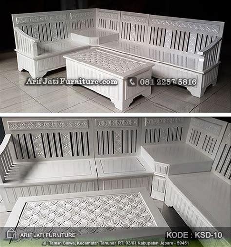 Meja Kursi Sudut Motif Bunga Bahan Kayu Jati Ukir Jepara Free Ongkir kursi sudut minimalis duco warna putih arif jati furniture