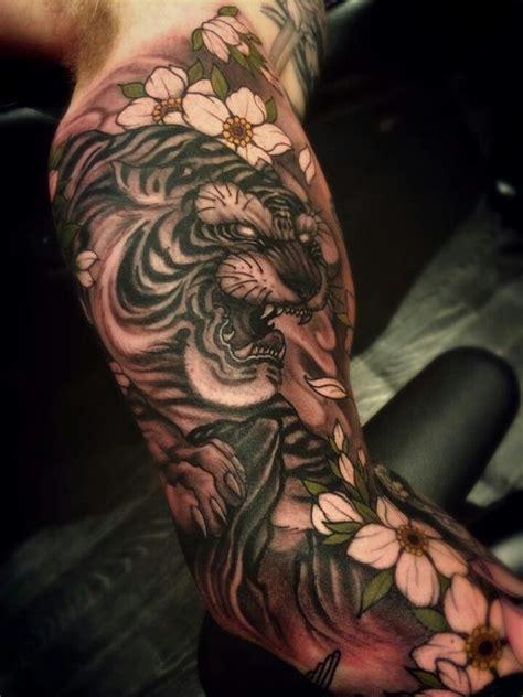 tattoo inspiration arn tiger tattoo japanese arm google haku japanese tattoos