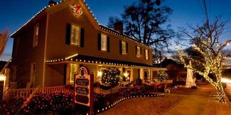 holiday home decorating services commercial holiday decorating services in birmingham