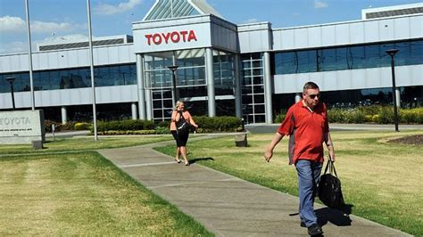 Toyota Employee Benefits Toyota S New Pay Deal For Employees Rejected By Federal
