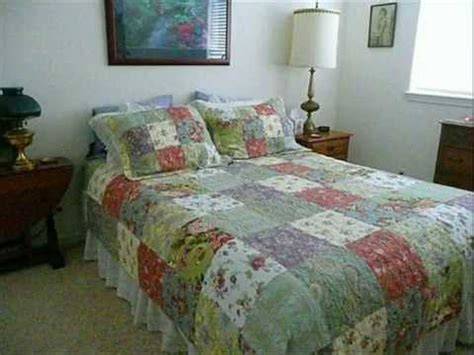 queen size quilts and coverlets blooming prairie quilt sets king size quilts and