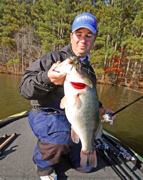 top ten bass boats 1286 best bass fishing rocks images on pinterest bass
