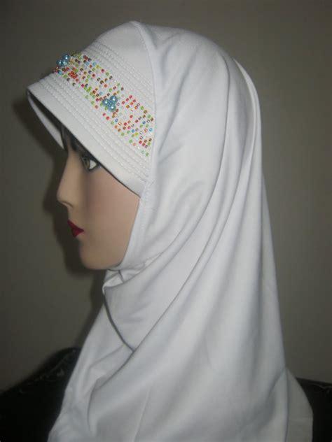 Kaos Mute nafira jilbab fashion jilbab spandek putih mute
