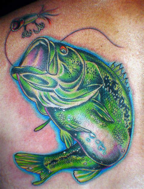 largemouth bass tattoo large bass pictures to pin on tattooskid