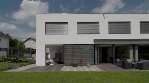 garage wohnen bauen wohnen autark leben sonnenenergie aus der
