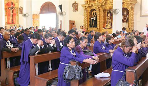 imagenes iglesia orando ninos orando iglesia related keywords ninos orando