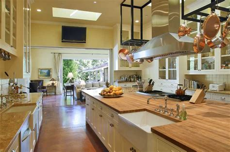 u shaped kitchen with freestanding butcher block top free standing range kitchen with ceiling