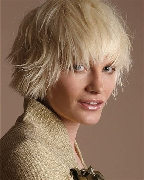 wispy and tapered ends hairstyle hair cuts with whispy ends hairstyle gallery