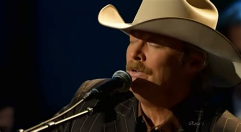 alan jackson the rugged cross country alan jackson perform this moving rendition of the rugged cross