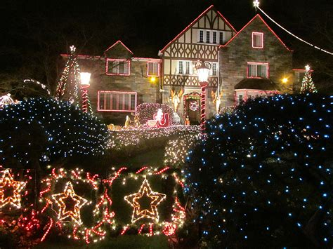 maryland tacky christmas lights details