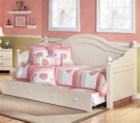 Cottage Daybed With Trundle Furniture Of America Artenia Cottage Style Daybed