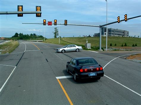 light at intersection length of yellow caution traffic lights could prevent
