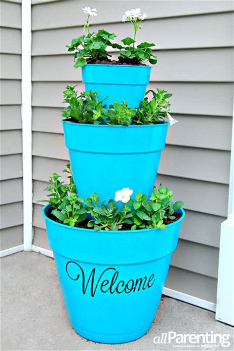 diy planter ideas 15 diy planter ideas for your spring garden diy planters
