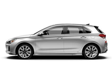 Hyundai Elantra Dimensions by 2018 Hyundai Elantra Specifications Car Specs Auto123