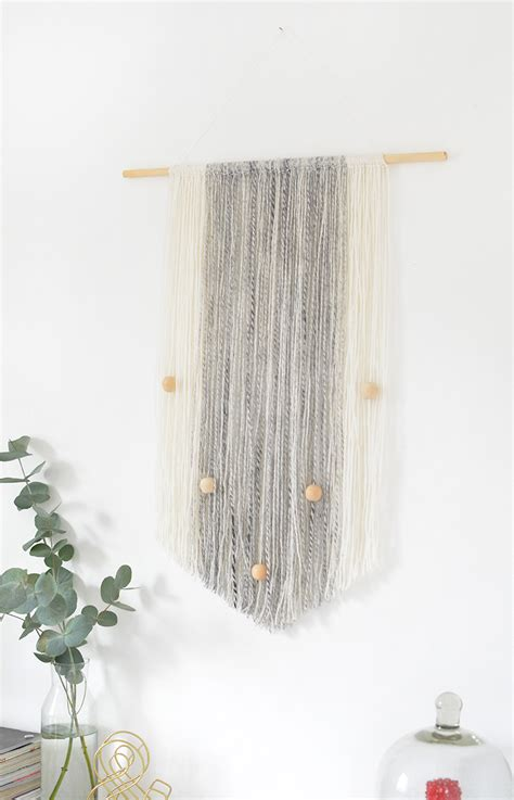 Wall Hanging Tutorial - diy yarn wall hanging burkatron