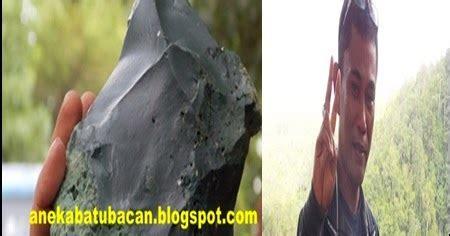 Bacan Coklat Unik Pulau Seram batu bacan mengandung mineral chrysocolla batu bacan