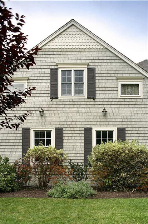 images  exterior paint color ideas  pinterest exterior colors nantucket  house