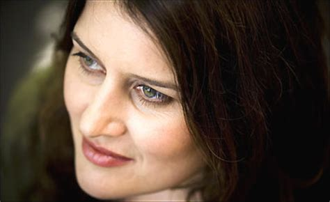 Paula Cole Returns With Courage by With Courage Cole Has Stopped Waiting The Boston Globe