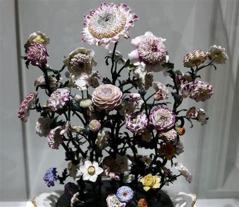 Bouquet De Fleurs Dans Un Vase by Bouquet De Fleurs Dans Un Vase Foto Di Musee Lambinet
