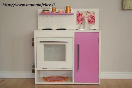 costruire cucina legno come costruire una cucina in legno per bambini non sprecare