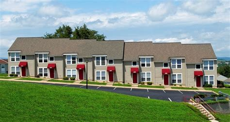 one bedroom apartments harrisonburg va foxhill townhomes rentals harrisonburg va apartments com