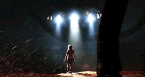 war of the worlds freeman cinema gif find on giphy