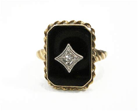antique 10k gold black onyx ring with