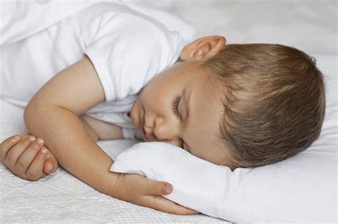 como elegir almohadas viscoelasticas  ninos