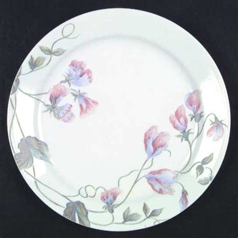 corelle leaf pattern corning sweet celeste corelle at replacements ltd