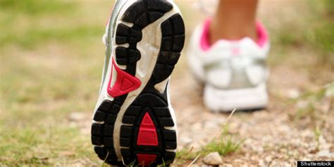 choosing running shoes pronation pronation it s all about the roll of the foot when
