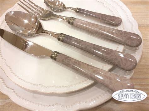 tavola provenzale servizio piatti provenzale tovaglioli di carta