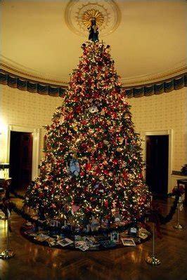 1996 blue room christmas tree file 2003 blue room tree jpg wikimedia commons