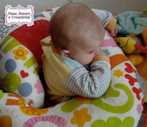 cuscino ciambella neonato cuscino per l allattamento fai da te ecco il cartamodello