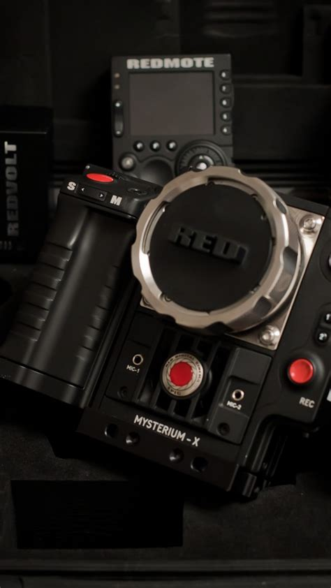 red epic film back wallpaper red epic epic m mysterium x dragon collection