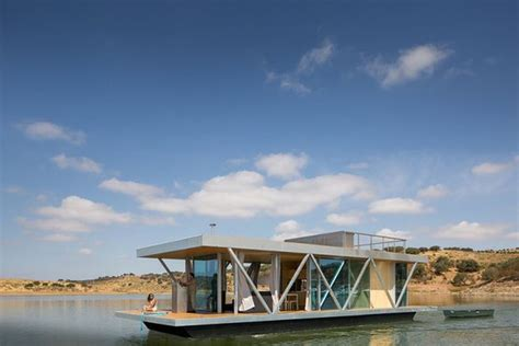 floating home tour floatwing designed by friday 8 modern floating homes you ll want to retire to pronto