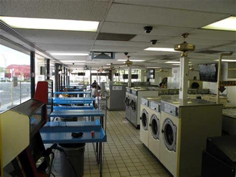 laundromats las vegas 24 hour laundromat 702 893 2424
