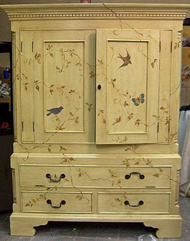 decoupage armadio decorare un vecchio armadio decoupage
