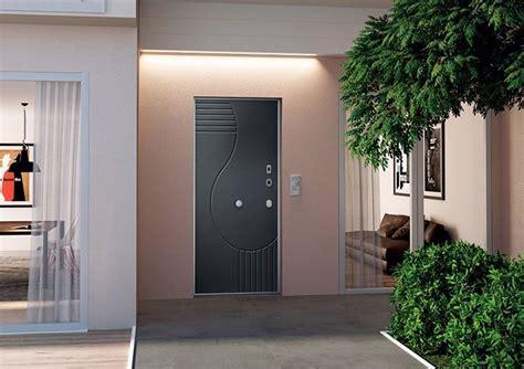 prezzi serratura porta blindata serratura porta blindata sicurezza in primo piano porte