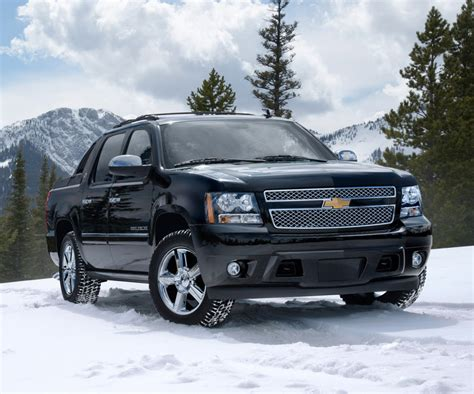 chevrolet avalanche length 2017 chevrolet avalanche redesign release date and specs