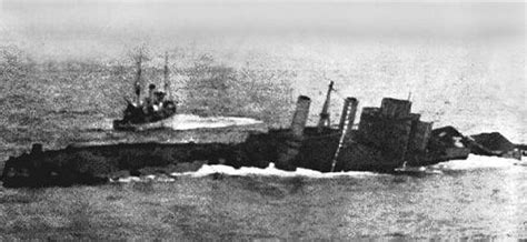 uss jersey sinks island file uss washington sinking jpg